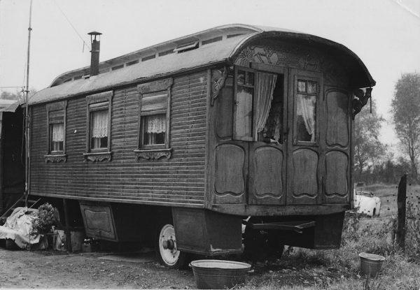 Jan Yoors - Jan's Woonwagen, 1936