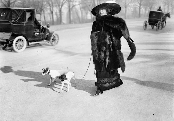 Jacques Henri Lartigue - Avenue du Bois de Boulogne, Paris, 1911