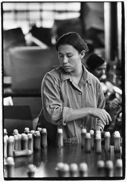 Louis Stettner - Assembly Line Worker, Long Island , 1975