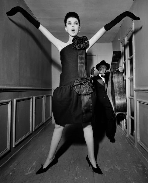 William Klein - Dorothy + Little Bara + Cello, Paris, 1960