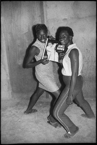 Malick Sidibé - Fans de James Brown, 1965