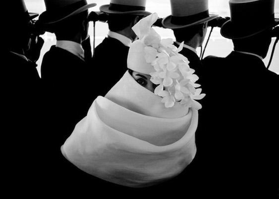 Frank Horvat - Paris, for Jardin des Modes, Givenchy hat (a), 1958
