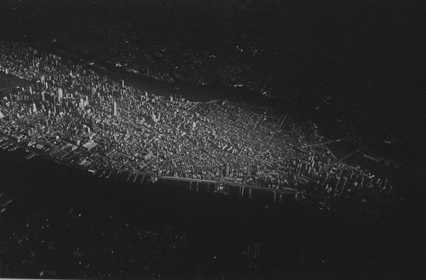 Daido Moriyama - Manhattan Island, Transit, 1997-2000
