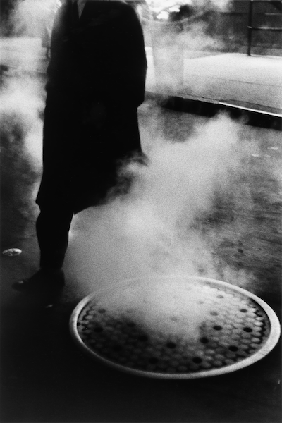 Louis Stettner - Manhole, Times Square, 1954
