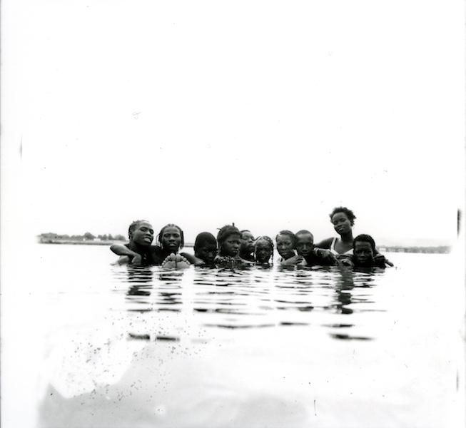 Malick Sidibé - Pendant les grandes chaleurs, 1976