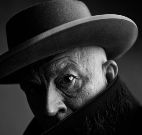 Sandro Miller - Irving Penn/ Pablo Picasso, Cannes, France (1957), 2014