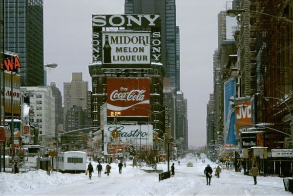 Frank Horvat - New York, Snow in Times Square, 1984