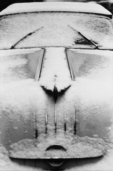 Louis Stettner - Snow Car, Manhattan, 1956