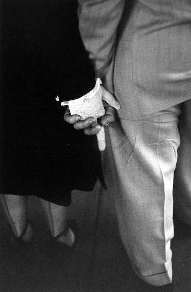 Louis Faurer - Freudian Handclasp, New York City, 1948