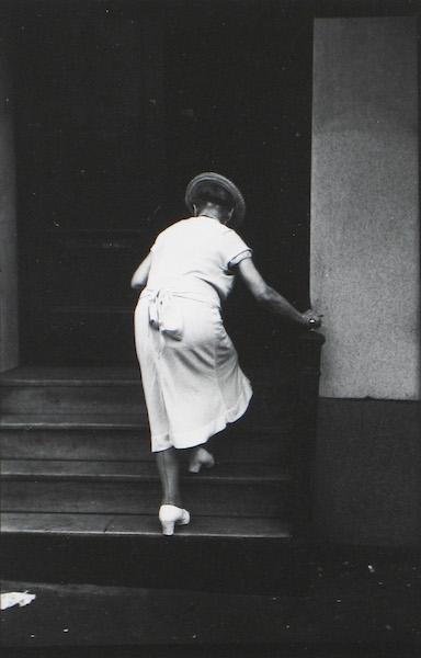 Saul Leiter - Across the street, c. 1956