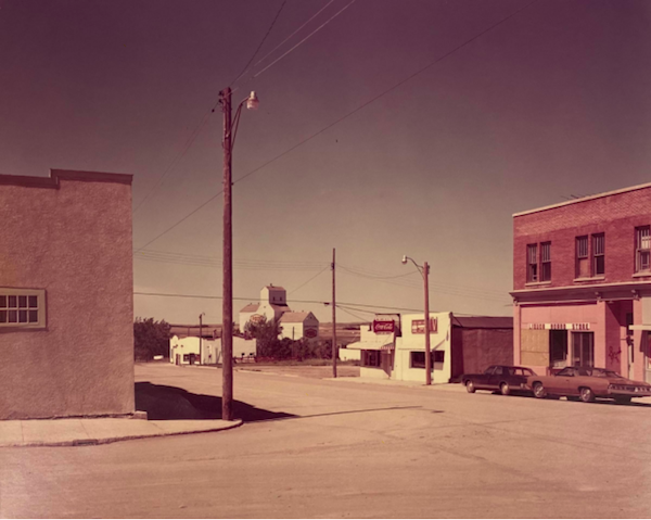 Stephen Shore - Main Street, Gull Lake Saskatchewan, 1974, 20 x 25 cm