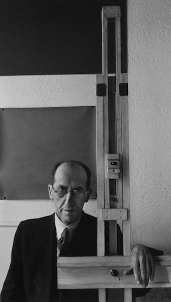 Arnold Newman - Piet Mondriaan, New York, 1942