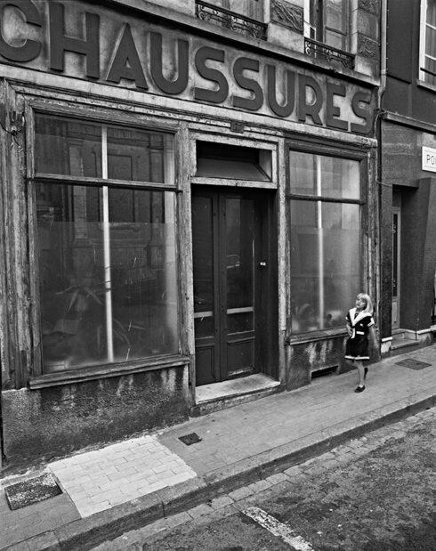 Stephan Vanfleteren - Chaussures, Duinkerke, France, 1990