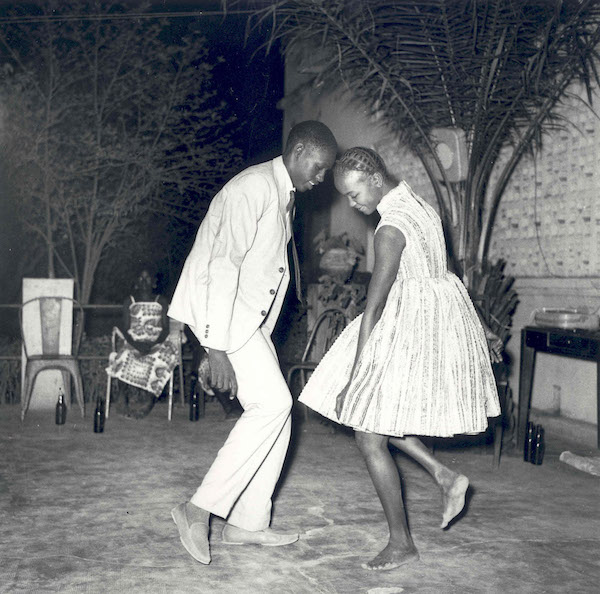 Malick Sidibé - Nuit de Noël (Happy Club), 1963