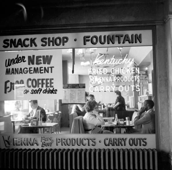 Vivian Maier - Chicago, 1962